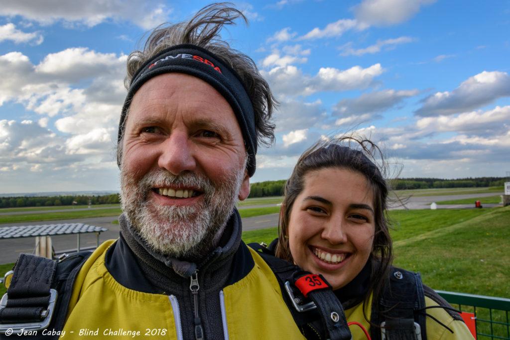 saut en parachute 2018_David (déficient visuel) et sa fille Joyce ont sauté