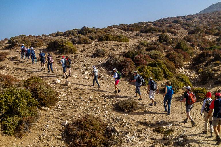 Maroc 2017_trekking_le groupe progresse dans les dunes